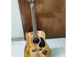 J&D ACOUSTIC GUITAR